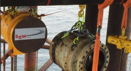 Replace 36″ Ball Valve Offshore